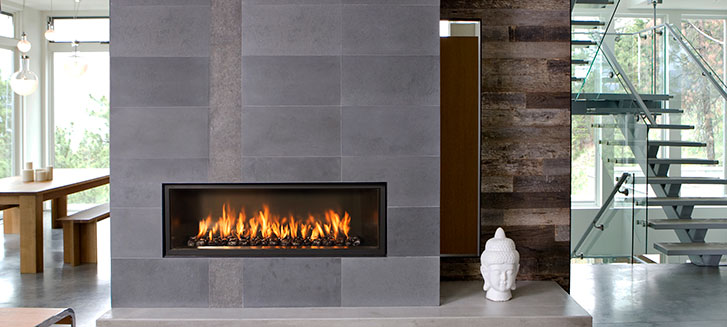 We carry a wide range of indoor and outdoor gas fireplaces from Town & Country